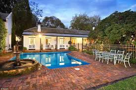 Pool In The Backyard by Garry Lyon And Melissa U0027s 6 8m Melbourne Home On Sale Daily Mail