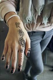 wieviel kostet ungefähr ein henna tattoo und ab wieviel jahren