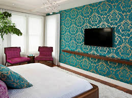 applying the hassle free yet stunning bedroom accent wall
