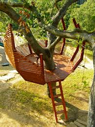 building your own tree house how to build a house 8 tips for building your own backyard treehouse