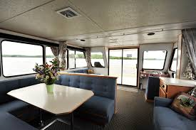 Pontoon Houseboat Floor Plans by Sunseeker Houseboats Group U0026 Family Houseboat Rentals From