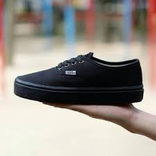 Sepatu Vans jual sepatu vans authentic black hitam hitam waffle icc