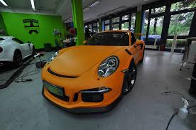 orange porsche convertible 2016 porsche 911 gt3 rs gets retro look with racing orange matt