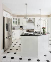 Benjamin Moore White Dove Kitchen Cabinets Decor Dove White Wall By Benjamin Moore Pewter With Wainscoting