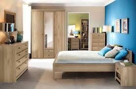 chambre à coucher chêtre étonnant chiffonnier chene clair décoration française