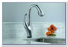 delta touch faucet red light breathtaking touch kitchen faucet mydts520 com