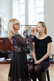 online make up school val garland makeup artistry online course makeup artistry and