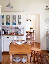 Kays Country Kitchen by Hgtv Stars U0027 Homes Chip And Joanna Ben And Erin Napier