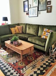 Sofas For Small Living Room by Best 25 Green Sofa Ideas On Pinterest Green Living Room Sofas