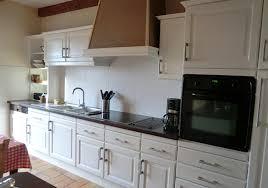repeindre cuisine relooking de cuisine rustique cuisine rustique avant la touche