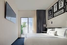 Miami Home Design Magazine by Hotel Rooms In South Beach Miami Home Decor Color Trends Beautiful