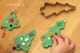 Christmas Tree Decorating Ideas Pictures 2011 Invitation To Decorate Play Dough Christmas Trees The