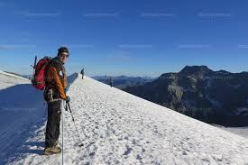 bureau des guides pralognan savoie montons admirer les glaciers tant qu il est encore temps