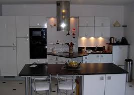 cuisiniste laval cuisine brillant design moderne à laval