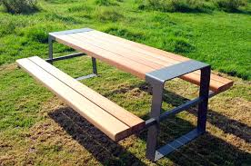 Cool Picnic Table The Use And Varieties Homesfeed by Top Varieties And Features Of Picnic Tables Backyard Landscape