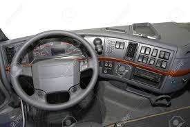 siege camion vue tableau de bord à partir du siège grand chauffeur de camion
