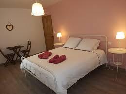 chambres hotes cantal chambres d hôtes cantal location de vacances et week end en