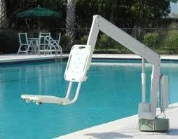 siege pour handicapé siège élévateur d accès piscine pour handicapé axs lift s r smith