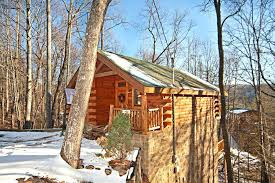 1 bedroom cabin in gatlinburg tn 1 bedroom cabins in gatlinburg tn skinny dipping log cabin rental