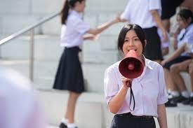 film cinta anak sekolah kisah kasih di sekolah review film may who oleh sutiono gunadi