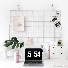 Desk Ideas For Small Spaces Best 25 Minimalist Desk Ideas On Pinterest Desk Ideas Desk