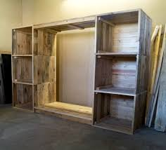 dressing room pictures build a dressing room with pallets for free 99 pallets