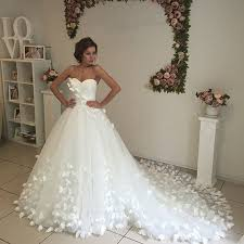 unique wedding gowns aliexpress buy unique butterfly wedding dresses gowns