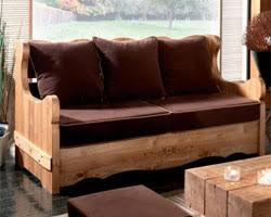 canape gigogne bois trois canapés style chalet de montagne