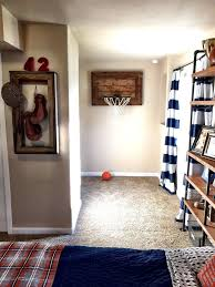 Boys Bedroom Themes by Best 25 Sports Decor Ideas On Pinterest Sports Room Decor Kids