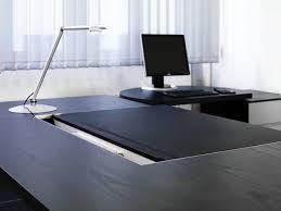 sous mains de bureau a con bureau direction bureaux de direction de haworth architonic