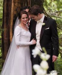 twilight wedding dress kristen stewart sleeves wedding dress in twilight