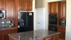 kitchens with stainless appliances cream cabinets with stainless appliances exitallergy com