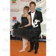 Bella Halloween Costume Bella Thorne Tierra Black Swan Costume Garrett Backstrom