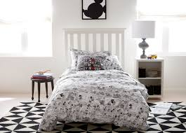 Eastern Accents Bedding Basic Comic Strip Duvet Cover And Sham Duvets