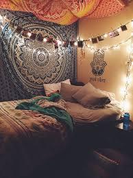 Uni Bedroom Decorating Ideas 25 Best Bedroom Images On Pinterest Dorm Tapestry Mandalas And