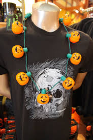 halloween pumpkin light top ten favorite items for halloween 2015 at disney parks disney