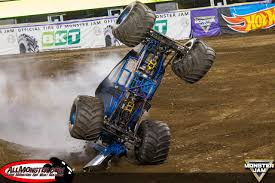 grave digger north carolina monster truck son uva digger and wheels take east rutherford monster jam