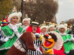 hey a parade the muppets open macy s the muppet mindset