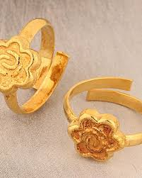 golden flower rings images Buy designer toe rings adjustable toe rings with golden flower jpg