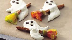 Betty Crocker Halloween Fruit Snacks 7 Easy Halloween Snacks Bettycrocker Com
