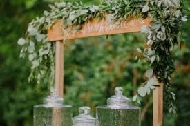 Rustic Backyard Wedding Ideas 30 Rustic Wedding Decorating Ideas 20 Great Ideas To Use Wooden