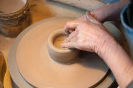 throwing a pot artisan potter throwing a pot stock image image of molding bowl