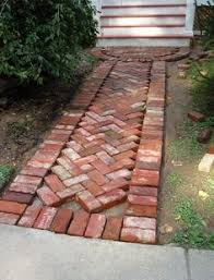 ooh perfect garden paths we can use the brick we have after we