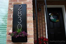 Planter S House House Number Planters To Add To Your Curb Appeal