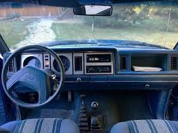 3 000 5 speed 1986 ford bronco ii