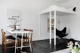 wohnideen minimalistische hochbett 140 bilder einzimmerwohnung einrichten archzine net
