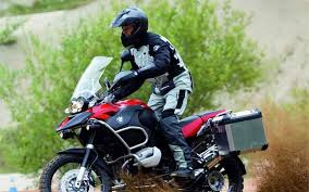 buy bmw gs 1200 adventure free panniers with bmw r1200gs mcn