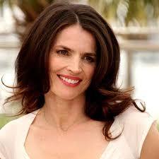trivago commercial actress julia ormond bio fact married affair boyfriend divorce spouse