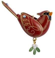 2009 hallmark miniature northern cardinal ornament