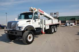 2003 international 7500 6 6 with elliott 75 u2032 work platform